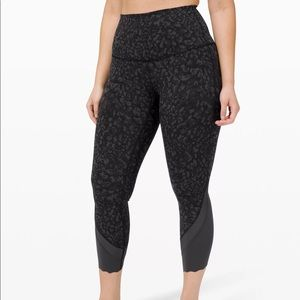 """Lululemon Wunder Under High-Rise Crop 23"""" *Updated Scallop Full-On Luxtreme"""